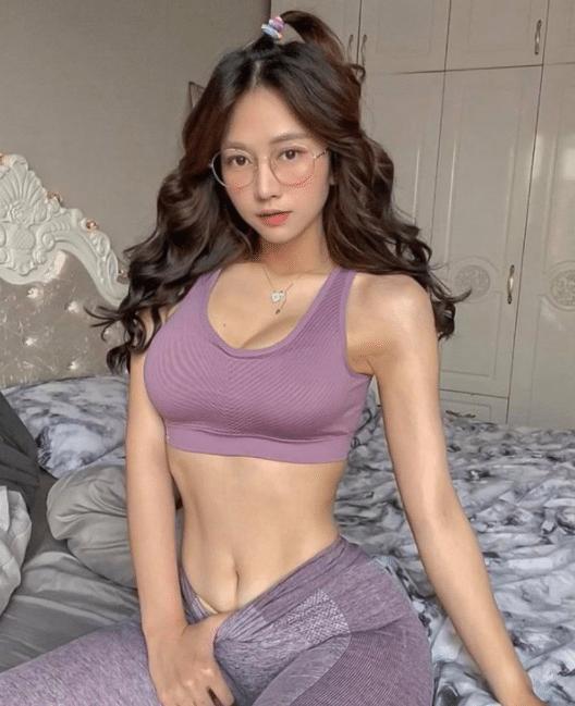 Thiên thần Lê Bống hotgirl nổi tiếng trên TikTok với hơn 5