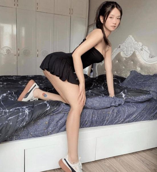 """[Có Link] Hotgirl Tiktok Lê Bống lộ clip """"nóng"""" khiến cộng đồng mạng chao đảo 27"""