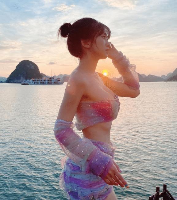 """[Có Link] Hotgirl Tiktok Lê Bống lộ clip """"nóng"""" khiến cộng đồng mạng chao đảo 14"""