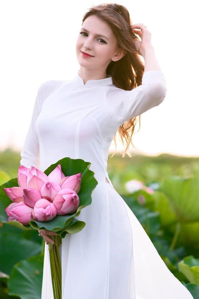 Dj Ukraine Alexandra Rud lộ clip nóng 12s