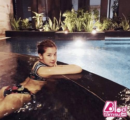 Hoàng Yến Chibi lộ ảnh Bikini đốt mắt 37