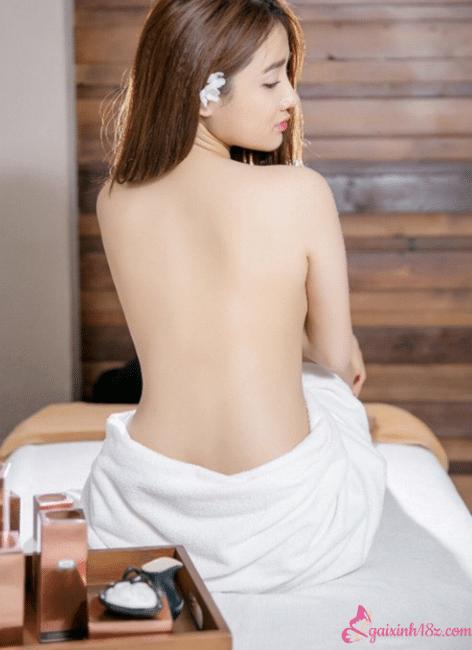 Ảnh nóng bỏng sexy của Nhã Phương 9