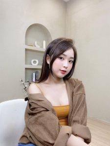 Hot Girl Lê Phương Anh lộ clip nóng gây bão MXH 24